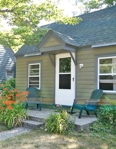 cottage 1 is a studio cottage for 2 3 people you will find a full kitchen one bath with a tiled walk in shower stall this studio cottage has a full size - Cottages For Less